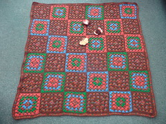 Sarah (UK) has very kindly made and donated this beautiful Blanket to SIBOL.