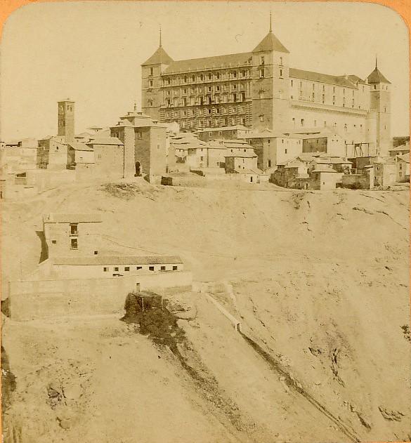 Alcázar e Iglesia de San Miguel. Fotografía estereoscópica de Jean Andrieu en 1868 con número de serie 2656 bis