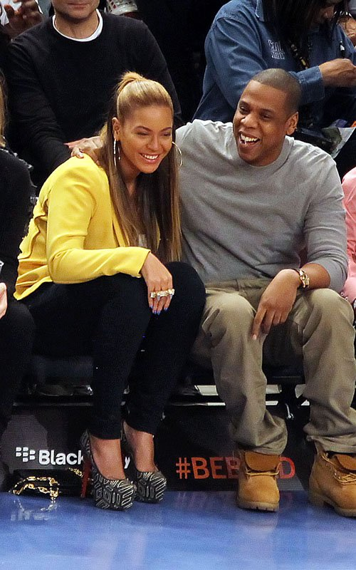 Jay-Z and Beyonce (2)