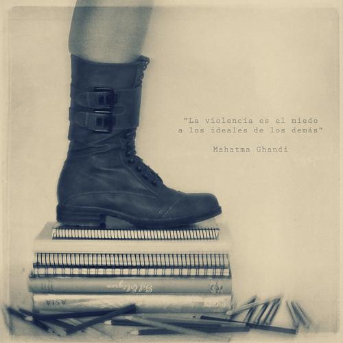 357-365 Sin educación no hay futuro by Vanina Vila {Photography}