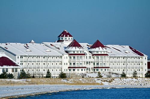 winter wisconsin hotel nikon lakemichigan sheboygan blueharborresort blueharbor