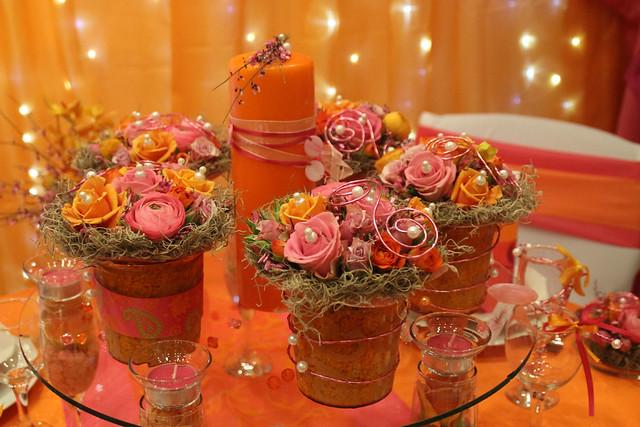 orange pink motif
