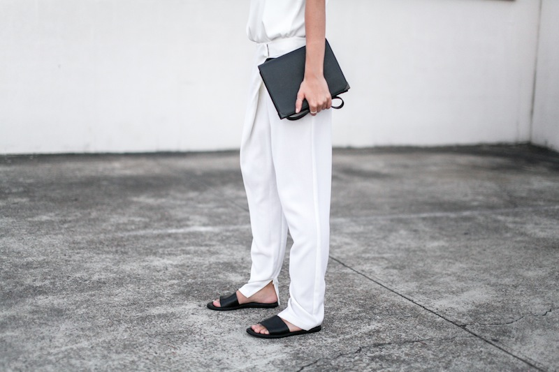 modern legacy blog Camilla Marc Zoya Cami all white Nicholas foldover ankle zip pants slide sandals pool Alexander Wang Prisma Envelope crossbody bag outfit street style blogger Australia (8 of 9)
