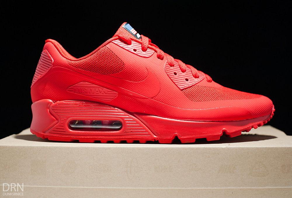 Air Max 90 Hyperfuse.