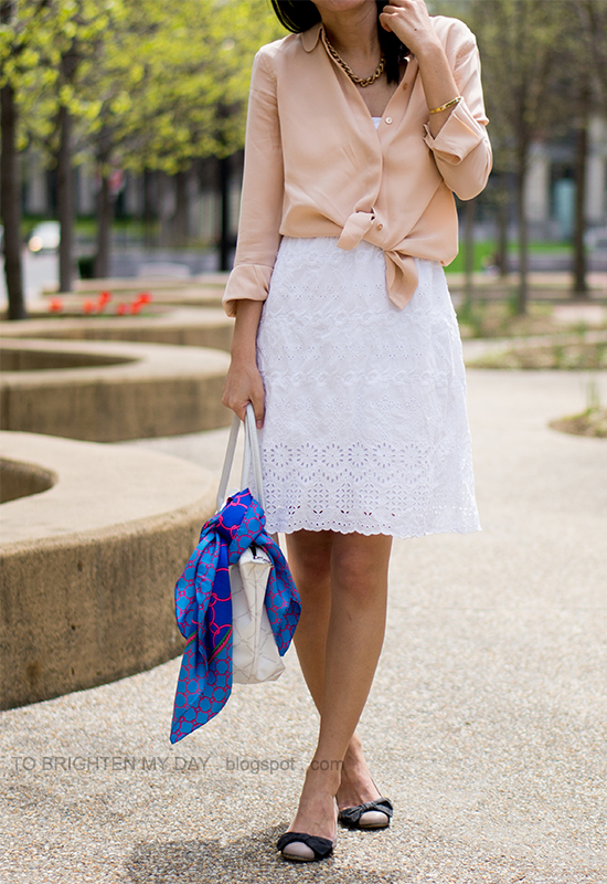 peach blouse, white eyelet dress, blue chain scarf