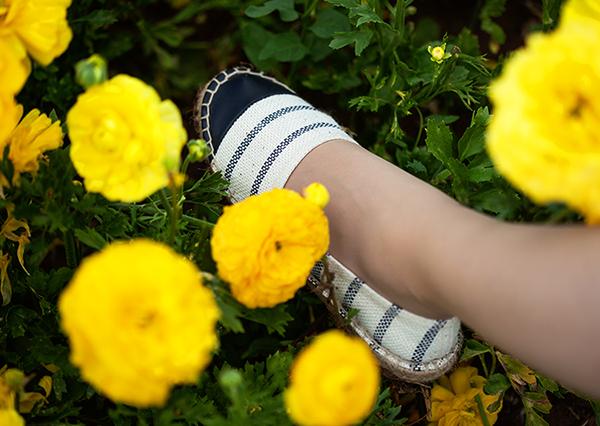 espadrilles, striped espadrilles, pull&bear espadrilles, נעלי אספדריל, אספדריל פול אנד בר, כפכפי פסים, אספדריל, נוריות, בלוג אופנה