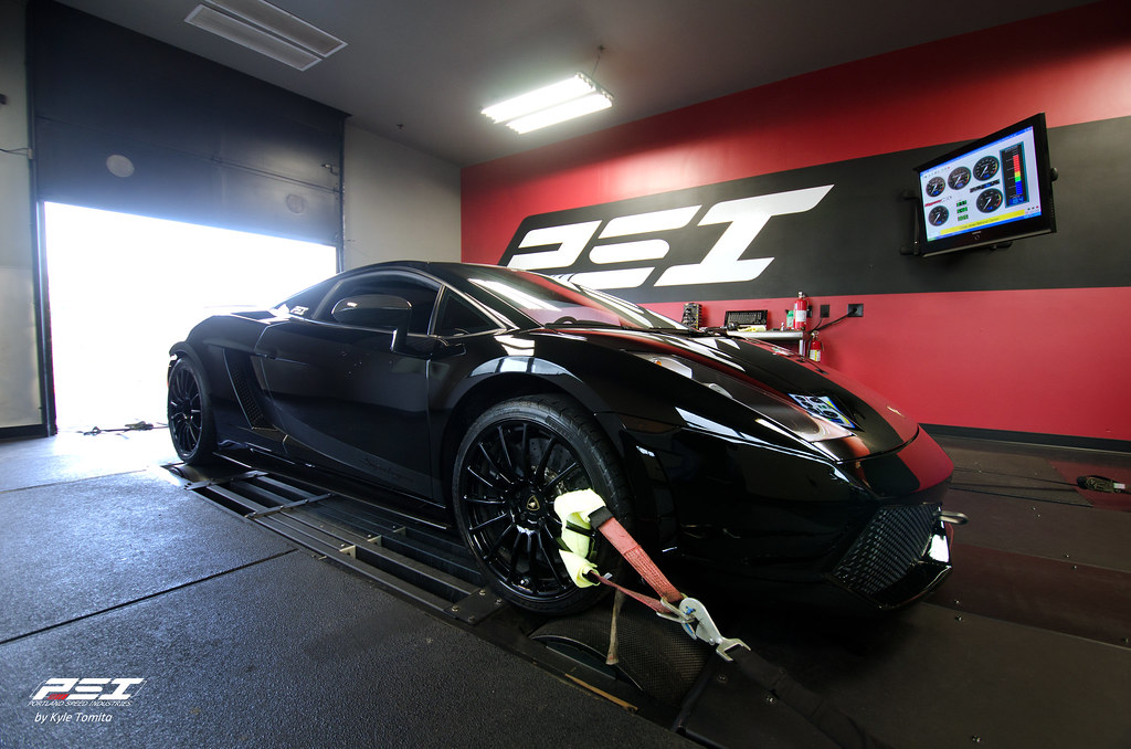 Twin-turbo Lamborghini Gallardo Superleggera on the dyno at PSI