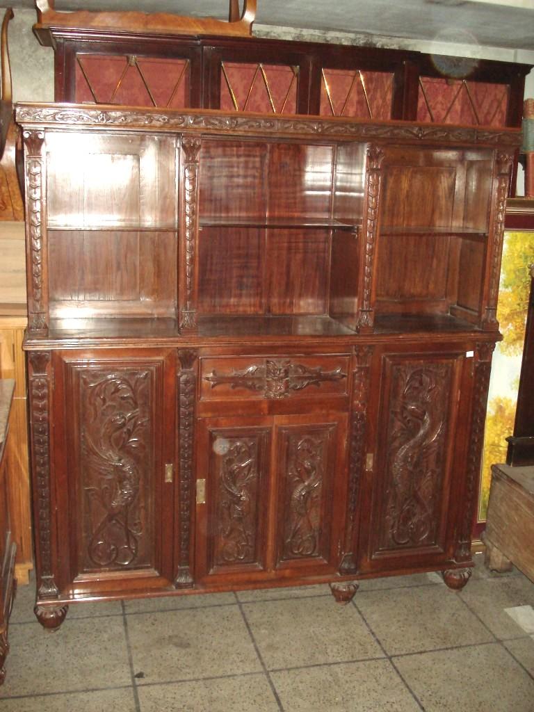 Aparador antiguo mueble vajillero tallado de estilo - Mueble aparador antiguo ...