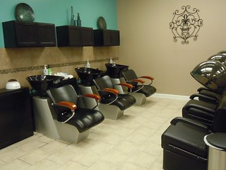 Photo:The New Hair Clinic By:Old Shoe Woman