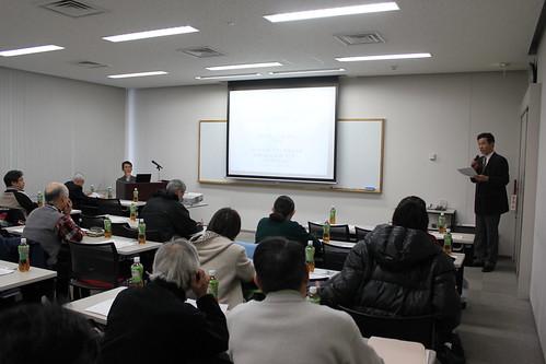 開会:寺嶋研究事業委員長