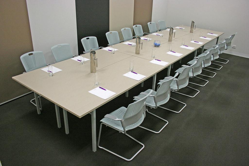 mesas para salas reuniones gesab
