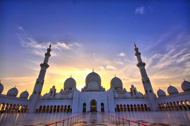 La espectacular Mezquita Sheikh Zayed en Abu Dabi 6887385701_2d45b51b77_z
