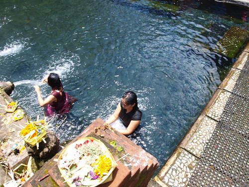 Бали, храм источника3