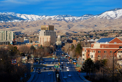 city winter foothills snow mountains buildings downtown day afternoon idaho boise clear views pwwinter