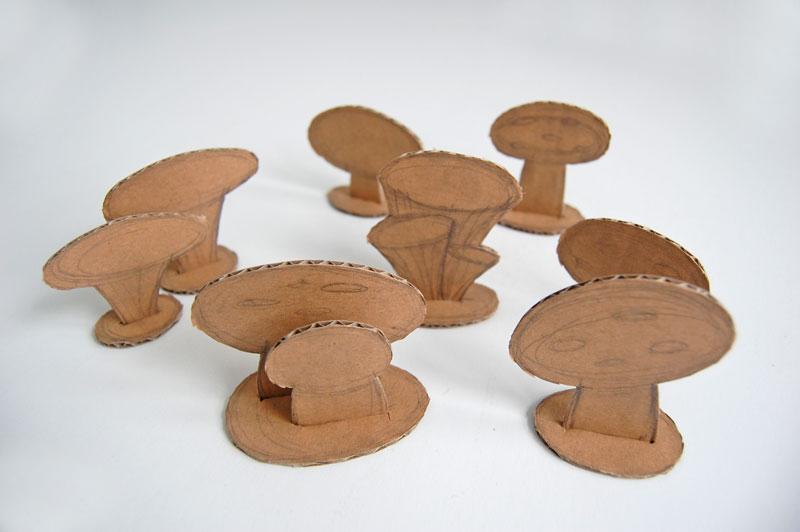 Basket with mushrooms_003