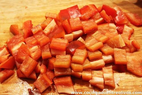 Brownie de morcilla con chutney de pimientos rojos (3)
