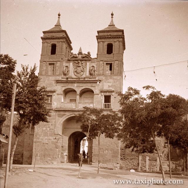 Puerta del Cambrón en los años 20. Fotografía de José Villar Martelo