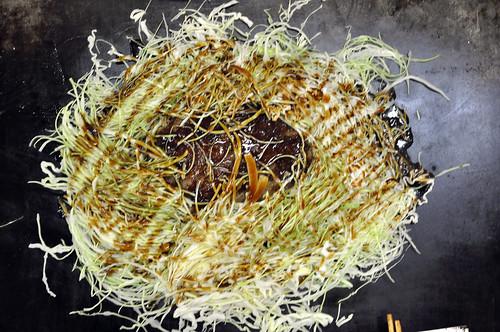 Menchi-katsu with Cabbage