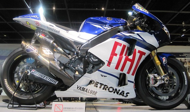 2010 YAMAHA YZR-M1(0WS9)Valentino Rossi