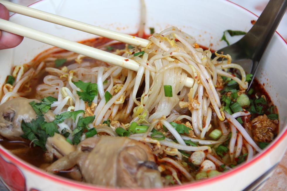 Homemade thai chicken noodles forumfinder Choice Image