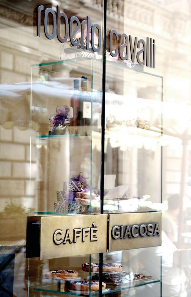 2 Cafe Giacosa
