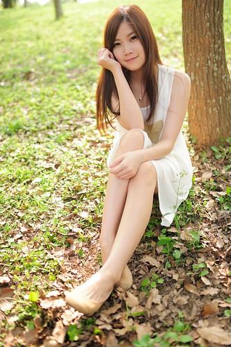 無料写真素材, 人物, 女性  アジア, 人物  森林, 女性  座る, 台湾人