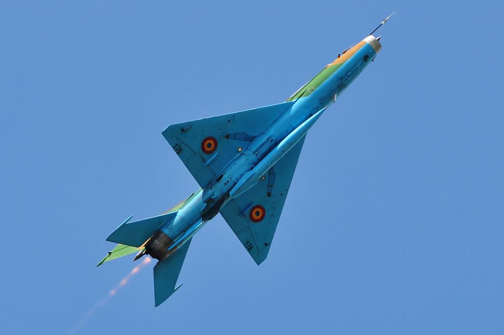 Cluj Napoca Airshow - 5 mai 2012 - Poze 7145976369_da9359d1f7_o