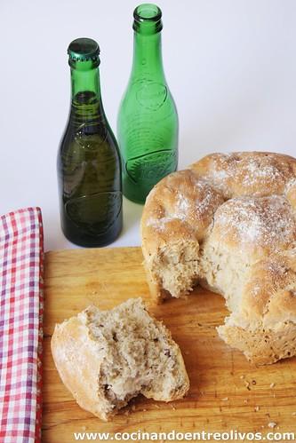 Cocinando entre olivos pan de cerveza alhambra reserva for Cocinando entre olivos