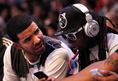 Nicki Minaj Kissing Lil Wayne In Front Of Drake