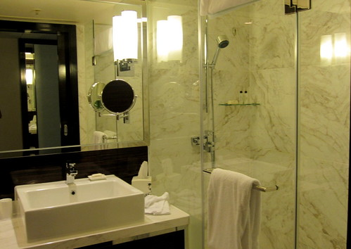 Hongkong Skycity Marriott Hotel Bathroom