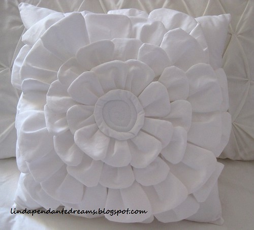Flower Pillow 003