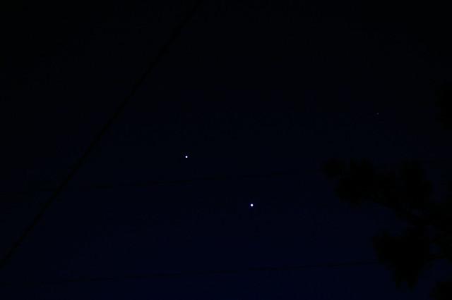 Jupiter (upper left) Venus (lower right) on Fri 03/09/2012