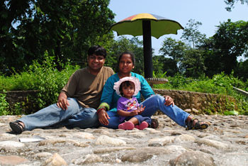 Myself, Smita & Rianna at Saat Paki view point
