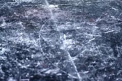 scratch patterns on ice