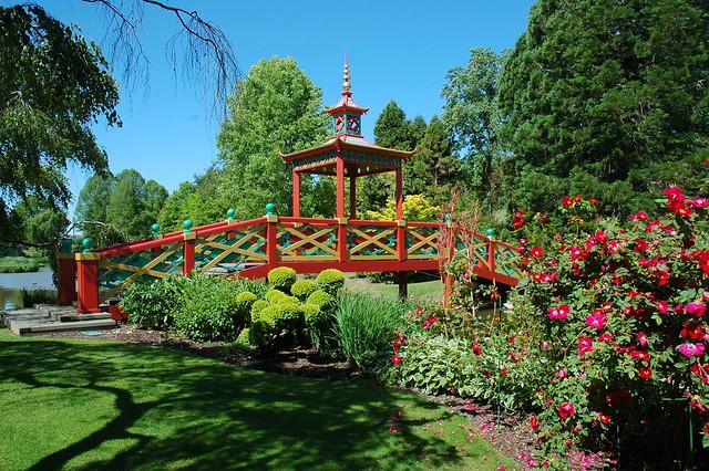 Apremont sur allier cher flickr photo sharing for Apremont sur allier jardin