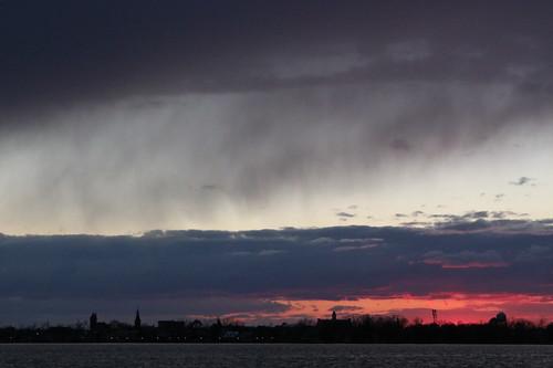 winter sunset silhouette canon landscape evening 21 northcarolina coldfront distance cloudysky neuseriver newbern t1i 112picturesin2012
