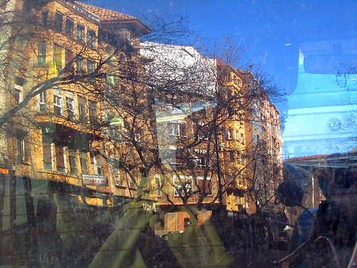 Vista de la ciudad desde la moto by JoseAngelGarciaLanda