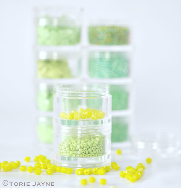 Stackable bead jars