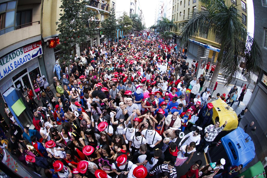 Fotos cabalgata del carnaval 2012 de las palmas de gran for Oficina fred olsen santa catalina