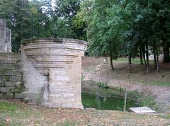 Septmonts (château) fossé 6292