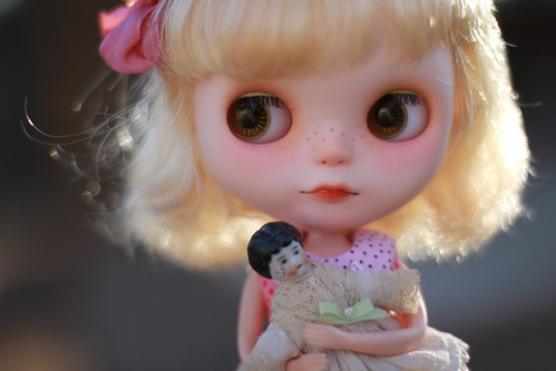 Keep your dolly close to your heart ♥