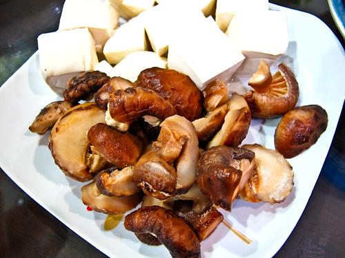 IMG_2351 mushroom and tofu