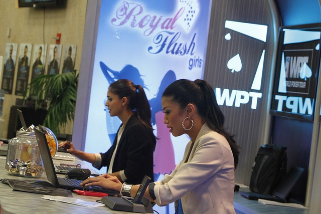 6381 Tugba Ercan and Ivy Teves Play Bounty Tourney