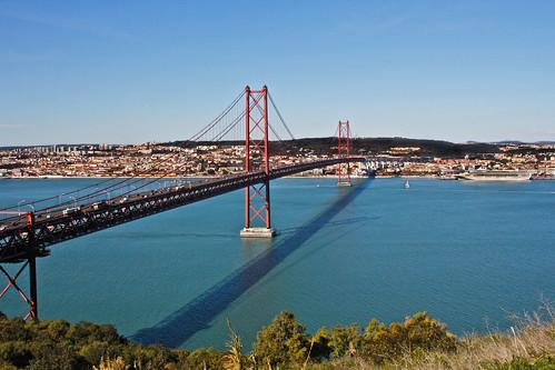 portugal canon europa europe lisboa lisbon ponte25deabril almada americanbridgecompany tejoriver 25deabrilbridge pontesalazar salazarbridge riotejo|