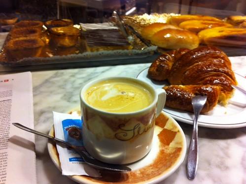 Desayuno dominical en Artagan de Autonomía Bilbao by LaVisitaComunicacion