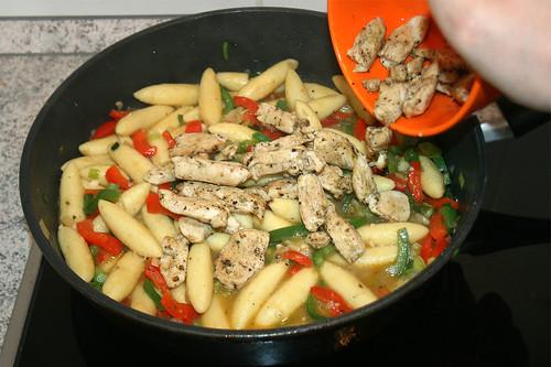 30 - Fleisch wieder hinzu / Add chicken