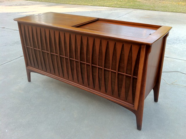 RCA Stereo Console 1960 http://www.flickr.com/photos/vintage19_something/7114219145/