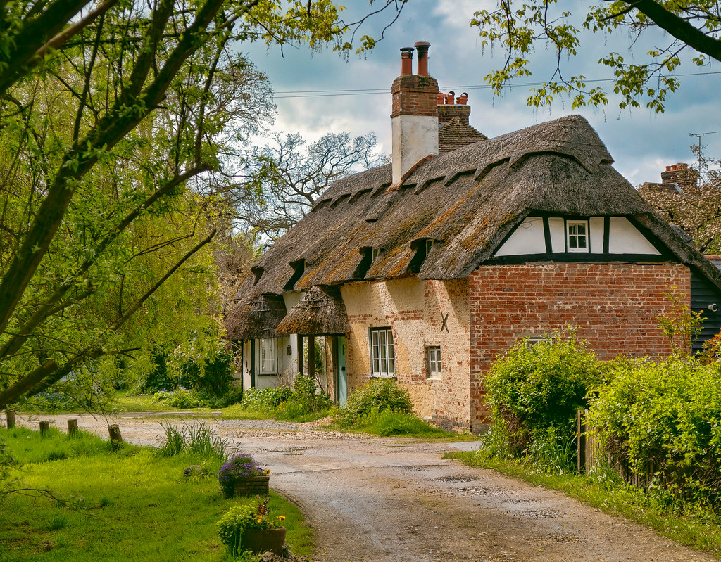 Photos of england page 263 skyscrapercity - The thatched cottage ...