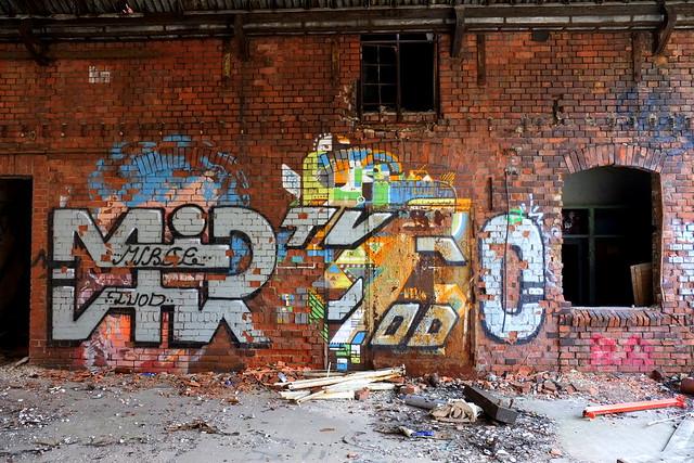 graffiti | nelio (semi overpainted) | urbex | bärenquell brauerei