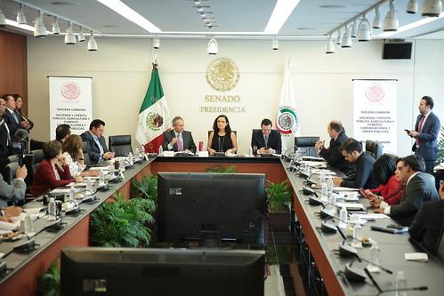 El día 17 de mayo del 2016 se llevó a cabo en el Senado de la República la reunión de la tercera comisión  Hacienda y crédito público, agricultura y fomento comunicaciones y obras públicas.